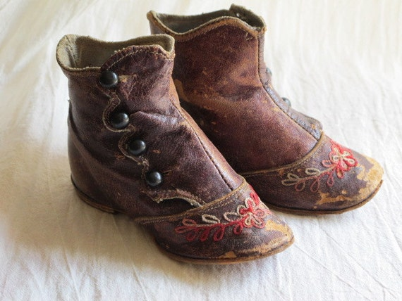 c1870s Victorian Buttoned Baby Boots Shoes Embroidered Brown Leather