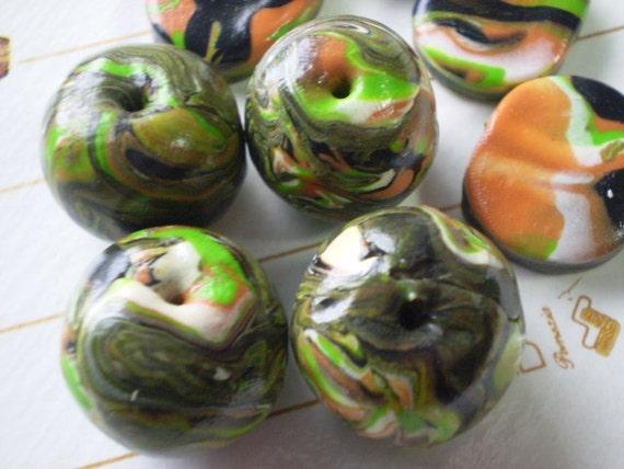 SEA WEED BEADS - 8 Polymer Clay Beads