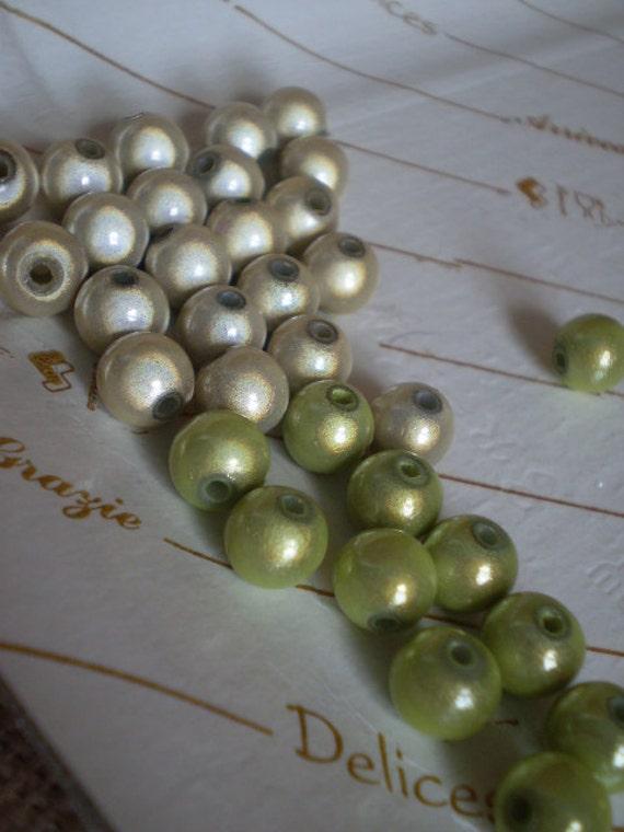 32 pcs LITTLE Magic TWO Colors Beads