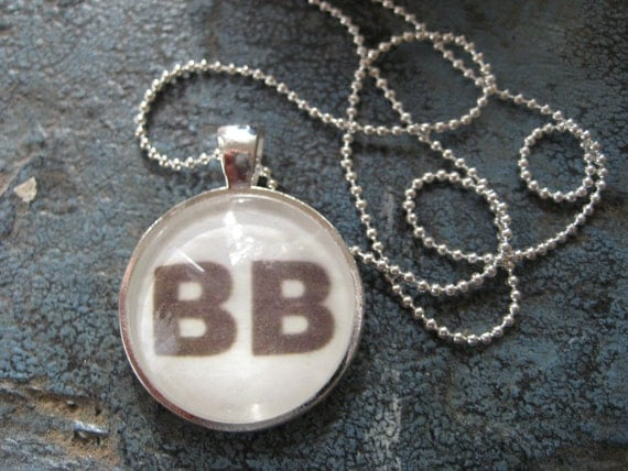 Dominant BB brown eye Genotype Silver Pendant