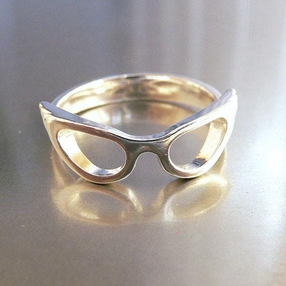 Cat Eye Glasses Ring