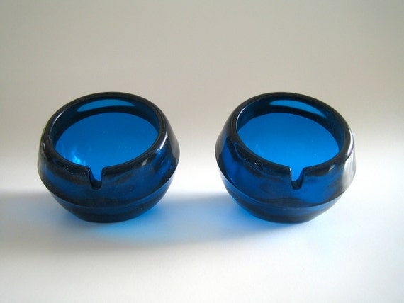 Vintage Mod Viking Art Glass Orb Ashtrays