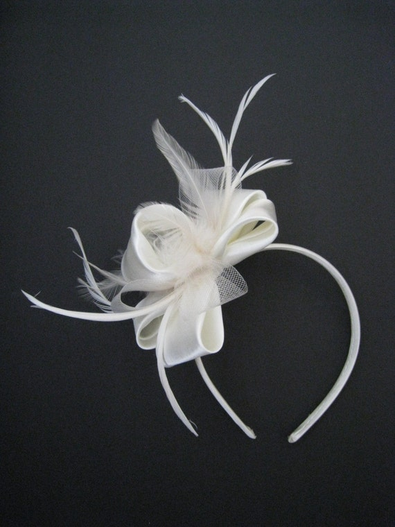 Ivory/Cream Wedding Feather Headband Fascinator - Wedding or Ladies Day at the Races