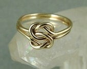 Solid Gold Love Knot Ring / Solid 14k Celtic Knot ring / Gold Infinity Knot Ring / Lover's Knot Ring / Sister Ring/ Best Friend Ring