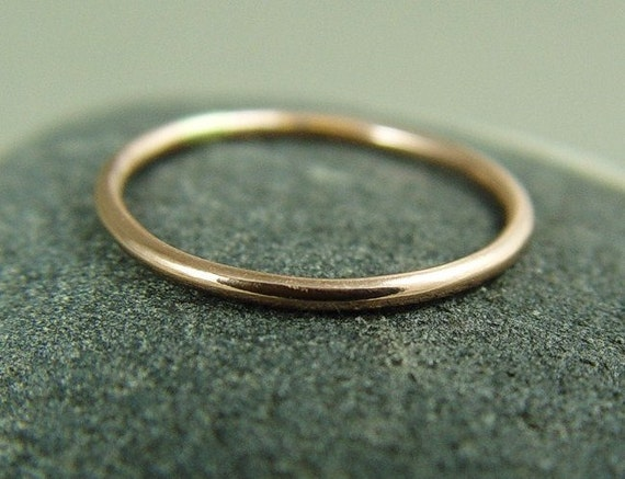 14K gold Stacking Ring / Solid Rose Gold Ring / 14K Skinny Ring / Solid 14k Gold Wedding Ring