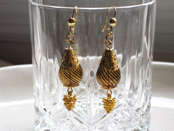 amber striped blown glass and gold pine cone dangle earrings - fall, golden stripes