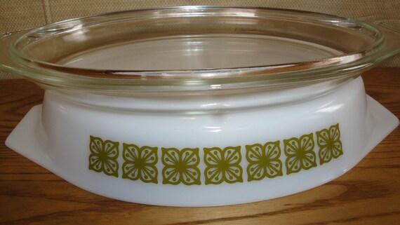 Vintage Pyrex Square Flowers Verde Divided Casserole Dish with Lid Avocado 1 Quart