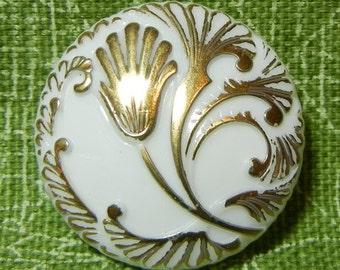 Lily Czech Glass Button