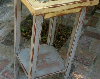 Side Table - Shabby -  Cottage Chic - Wooden Furniture - Accent Table