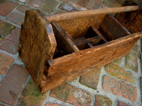 Reclaimed Barn Wood - Rustic Tool Caddy - Container - Storage - Laundry - Organizer Box - Dividers - Shabby - French Country - Handmade