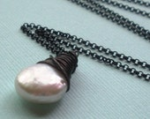 Luxe - Freshwater Pearl Teardrop Oxidized Sterling Silver Necklace
