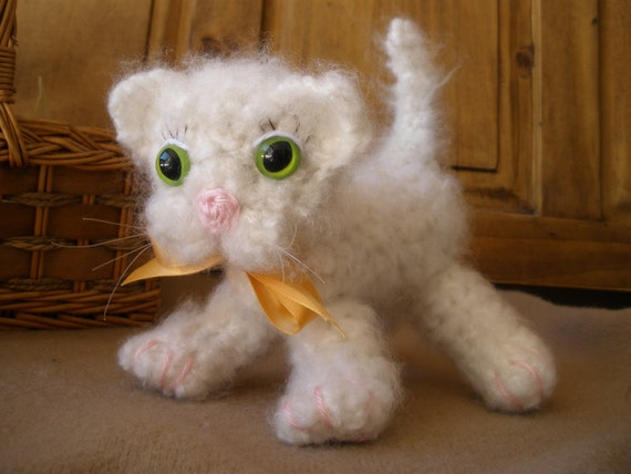Ivory Colored  Baby Kitten with Green Eyes Amigurumi Art Toy