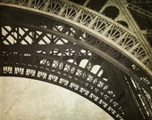 Eiffel Tower Decor, Vintage Style, Eiffel Tower Print, Paris Decor, Eiffel Tower Paris, Old World, Paris photography, Tour Eiffel - Timeless