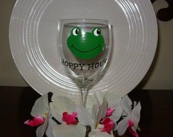 Frog  Wine Glass Handpainted Hoppy Hour, Frog wine glass, Handpainted wine glass, personalized gift, personalized wine glass