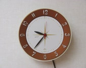 Vintage / Mid Century / Lux Clock /  Electric / Kitchen Wall / Painted Starburst Center   / Copper Color