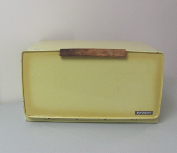 Vintage Yellow Lincoln Beauty Ware Bread Box