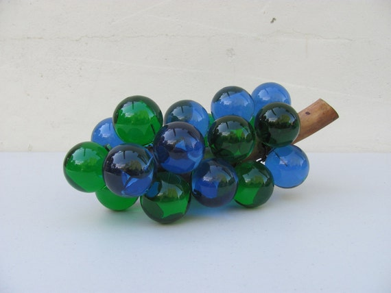 Vintage Lucite Grape Cluster on Driftwood Blue and Green 1960s