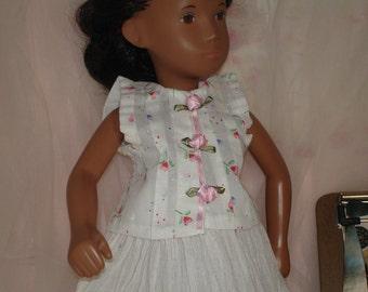 Summer crinkle skirt for Sasha