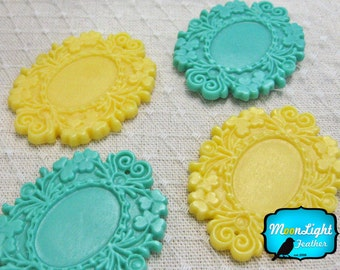 Victorian Frame, 4 Pieces - YELLOW TEAL Large Antique Style Resin frame settings 49mm: 1022