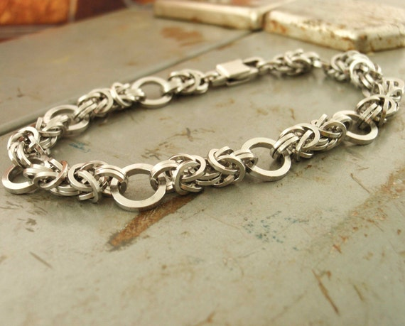 Unique Bracelet Kit - Petite Linked Loops I Byzantine in Stainless Steel