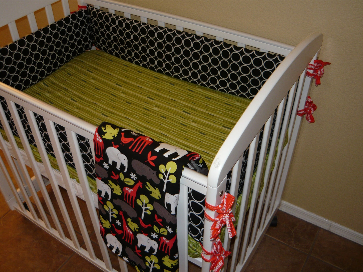 Design your own mini crib bedding set for Design my own bed set