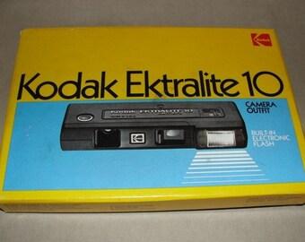Vintage Kodak Ektralite 10 Camera in Box, vintage film camera