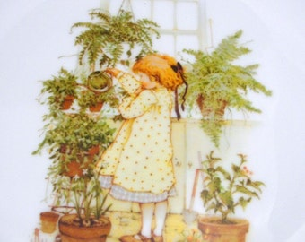 Vintage Holly Hobbie Mother's Day plate 1975