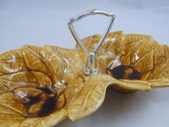 Vintage California Pottery double leaf bowl, fall leaf candy dish, California Pottery candy dish, candy and nut bowl