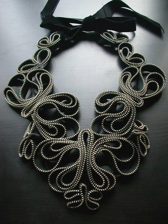 Madame Butterfly Zipper Necklace