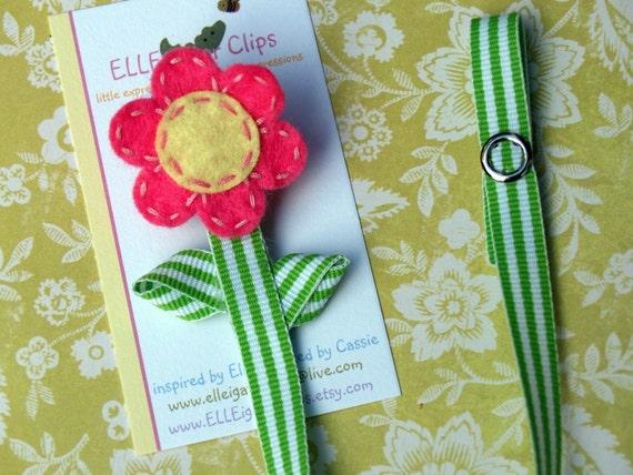 Pretty As A Flower - Felt Pacifier Clip Holder