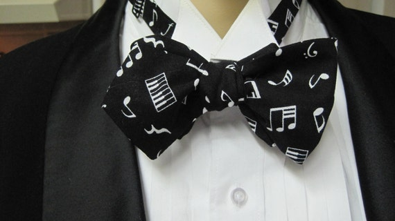 Beethoven's 5th Men's Skinny Bow Tie