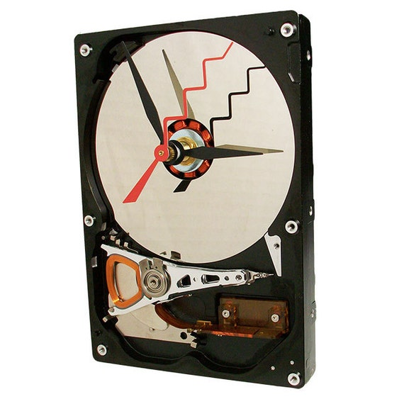 Cool Gadget Hard Drive Clock with Magnet Stand and Red Zigzag Hand