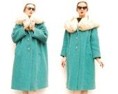 50s Swing Coat - 60s Swing Coat - Mohair Wool Boucle Coat - HUGE Arctic Fox Fur Collar - Peacock Green - Basket Weave Wool Coat - L XL 2XL