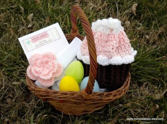 Easter Bundle - Crochet Cupcake Purse and Crochet Flower Hair Clip \/ Headband Set in Baby Pink and White