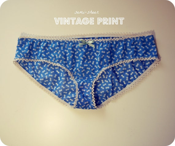 CLEARANCE size XS Vintage Print Undies with bow