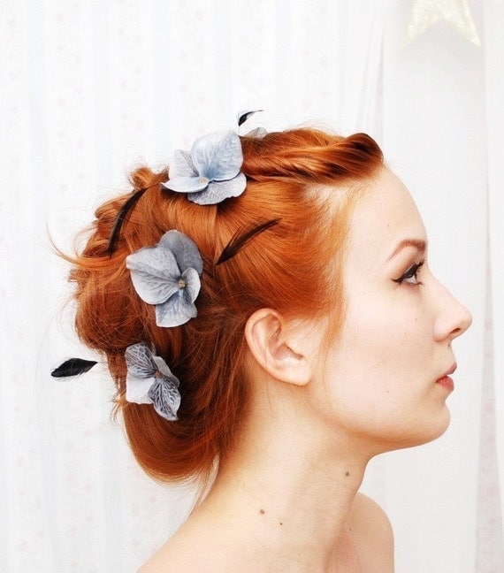Flower bobby pins, floral hair pins, hydrangea and feather clip set - Night whisp