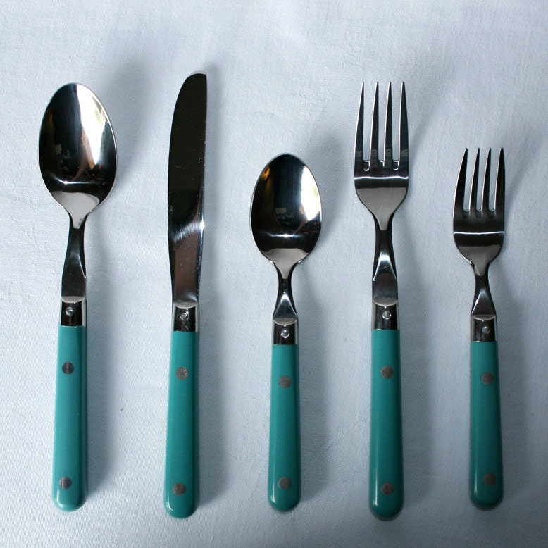 20 piece teal blue steel plastic handle flatware set - Flatware with colored handles ...
