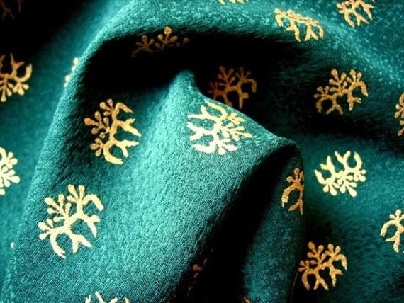 Yuzen Kimono Silk Ever Green Paulownia Small Piece