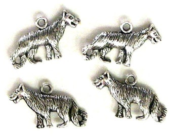 4 Silver Plated Wolf Charms Wolves Twilight No. 2