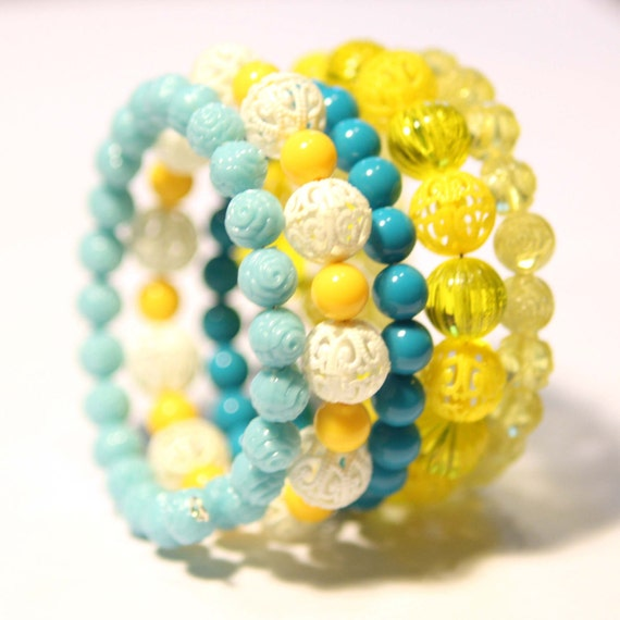 Vintage Beads Bangle Bracelet in Turquoise, Yellow and White
