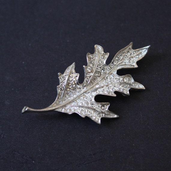 Vintage Pin Brooch Rhinestone Leaf Silver Tone Fall Foliage