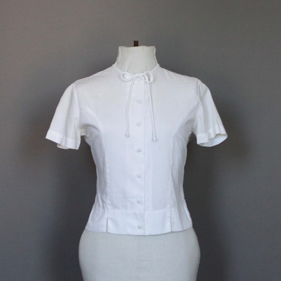 Blouse Shirt Vintage White Fitted Top Button Down M L