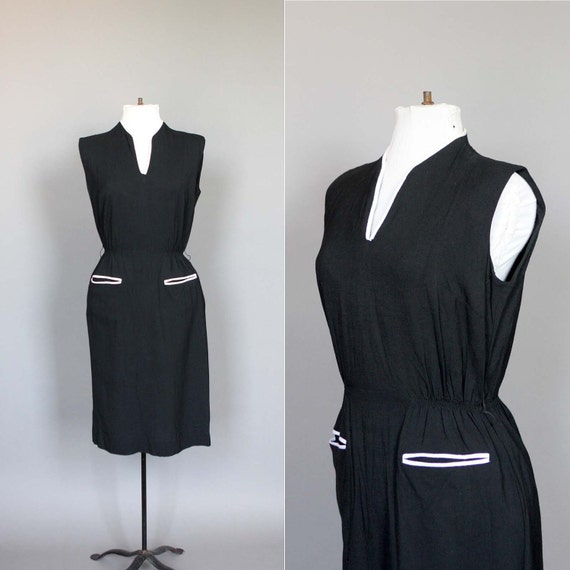 Dress 60s Vintage Black Sleeveless 1960s Summer Day Dress with White Piping and Pockets M L