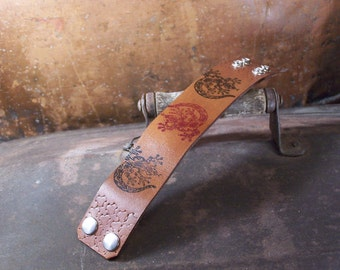 Lizards on Rustic Brown Leather Mens Cuff