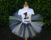 It's Good to BEE Me Complete Tutu Set, Includes Tshirt or Onesie, Tutu with Streamers, Ruffled Diaper Cover AND Flower Hair Clip