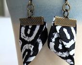 Black and white Origami Kimono earrings