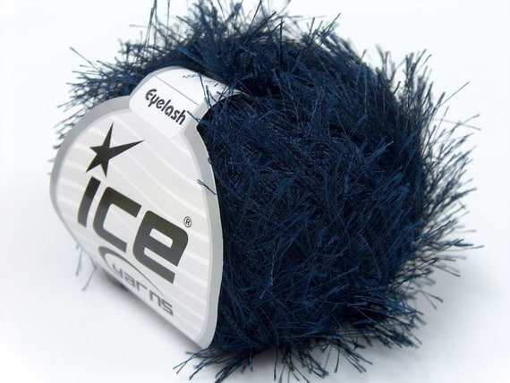 Eyelash Yarn : Navy Blue Eyelash Yarn Ice Fun Fur 3082 / 22781