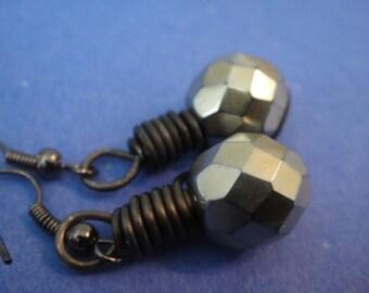 Gold Lantern Earrings - E-32