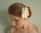 Ella- Ivory 9 Inch Birdcage and Flower Set