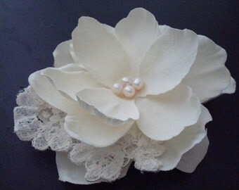Elyse Series- Ivory Flower accented with Vintage Lace